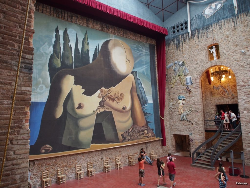 "The backdrop of the stage, painted by Dali himself for the ballet ""Labyrinth"", is also interesting."